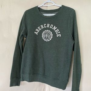 Abercrombie and Fitch Pull over Crew Neck
